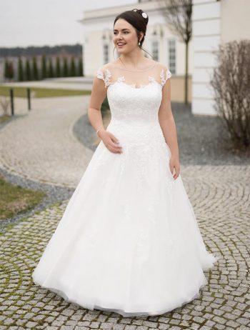 Brautmoden Balz-Malinka-1_Brautmode_Lohrengel_Brautkleid_Molly-Monroe