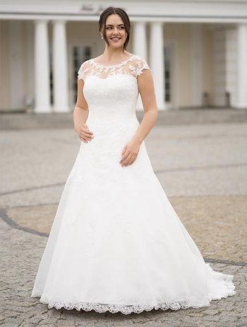 Brautmoden Balz-Marly-1_Brautmode_Lohrengel_Brautkleid_Molly-Monroe