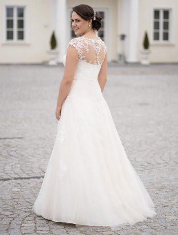 Brautmoden balz-Meira-2_Brautmode_Lohrengel_Brautkleid_Molly-Monroe